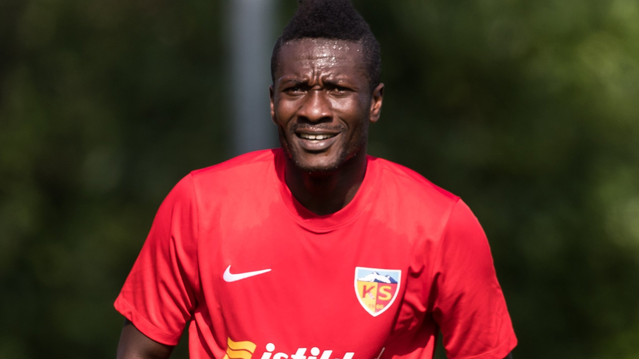 Asamoah Gyan: Ghana striker reverses decision to retire after call from president