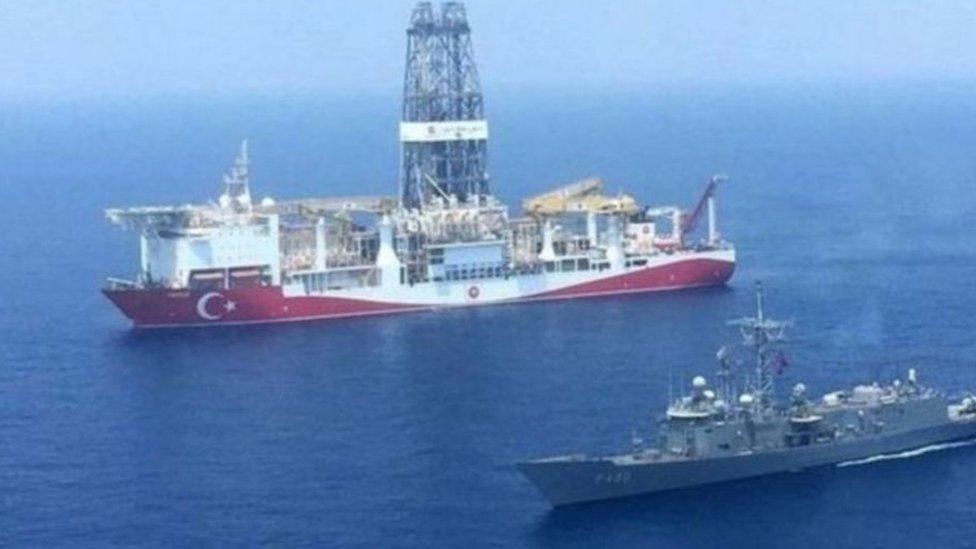 تسبب التنقيب البحري الذي تقوم به تركيا في تصاعدة التوترات