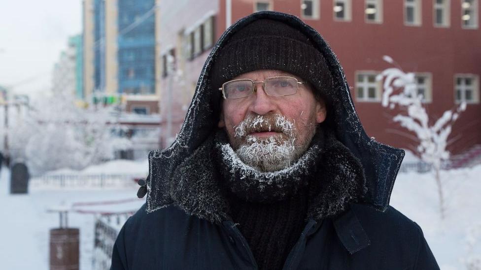 Kasabanın kışları çetin hava koşulları var...