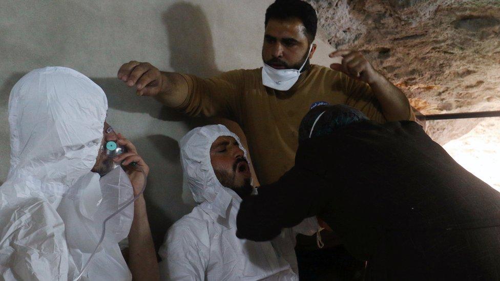 قتل اكثر من 80 شخصا إثر الهجوم الكيمياوي على خان شيخون
