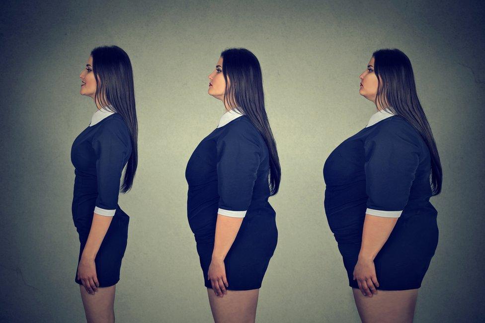 Misma mujer, distinto peso.