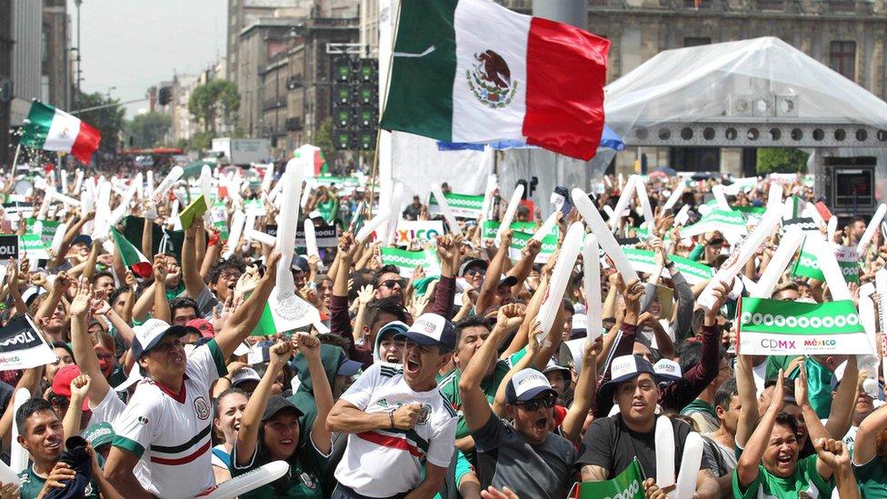 Celebración en México por el triunfo de la selección