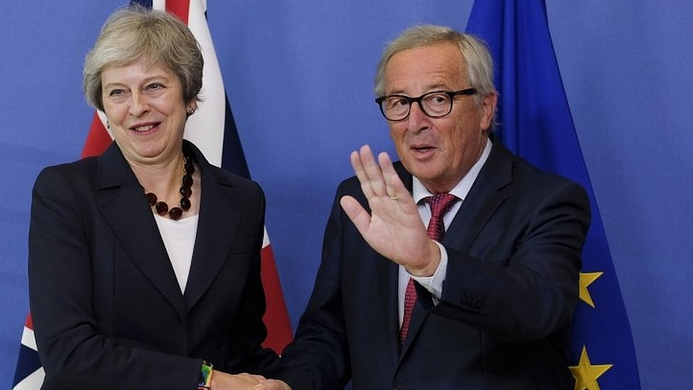 May heading to Brussels amid scramble to finalise Brexit deal
