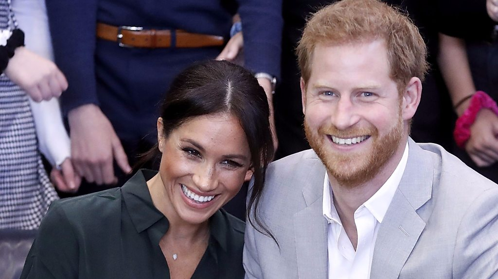 Meghan and Harry: Couple's baby due in Spring 2019