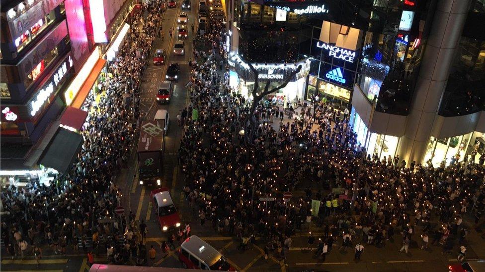 旺角亦有幾百人集會。