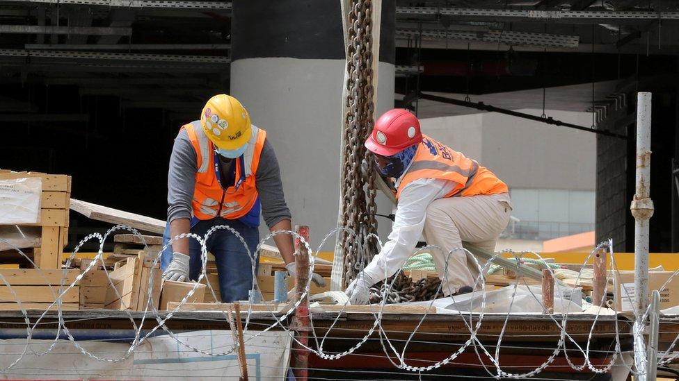 Pekerja bangunan di Arab Saudi