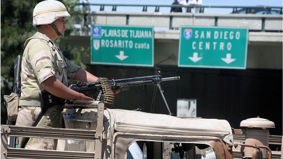 Un soldado en Tijuana