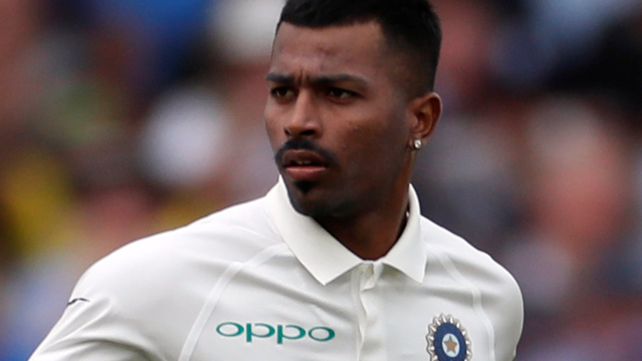 Don't compare me with Kapil Dev - Pandya
