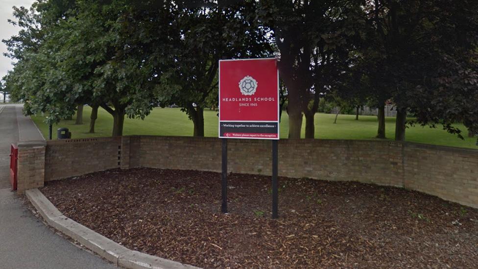 Headlands School sign
