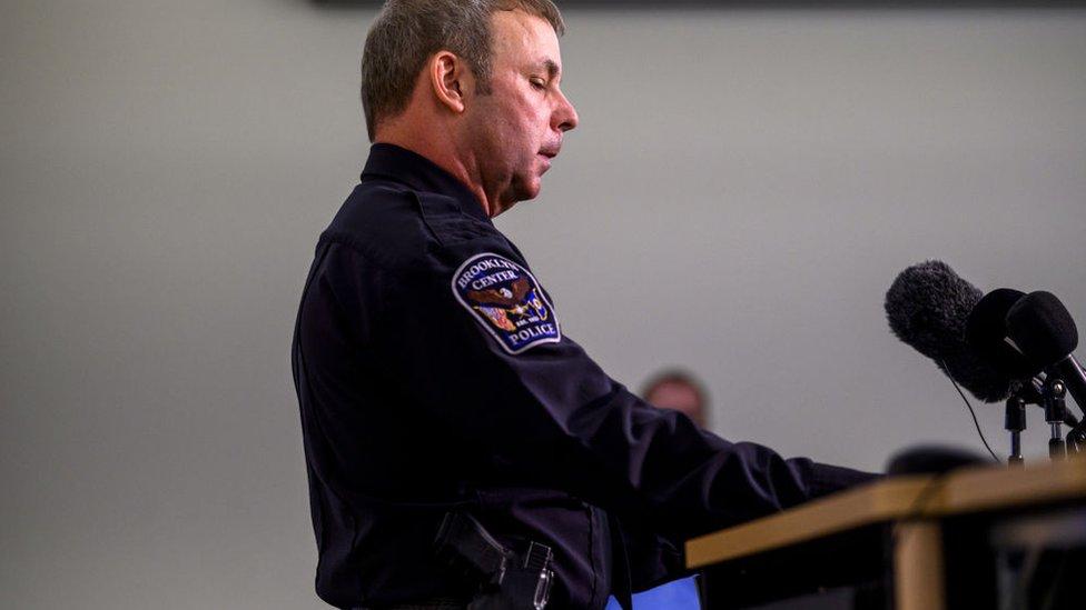 El jefe de Policía de Brooklyn Center, Tim Gannon