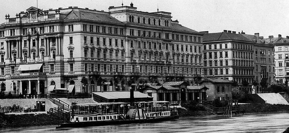 Vienna's Hotel Métropole (1900 photo)