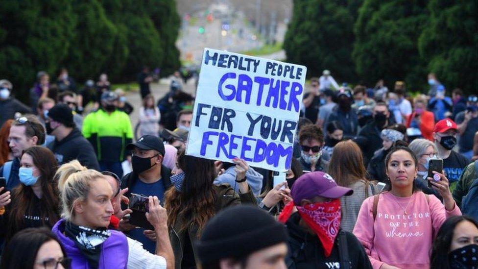 حوالي 300 شخص شاركوا في مظاهرة ميلبورن