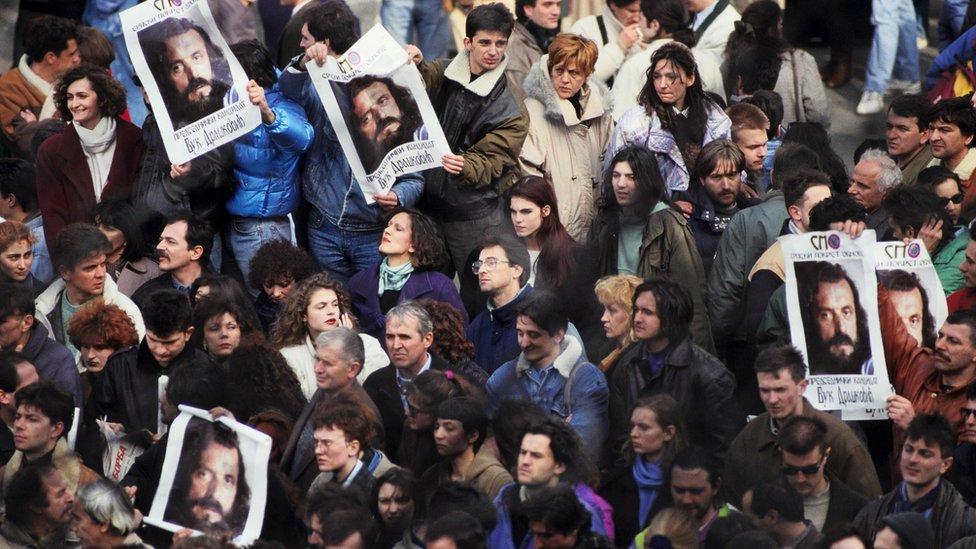 Proteste opozicije predvodio je devedesetih Vuk Drašković