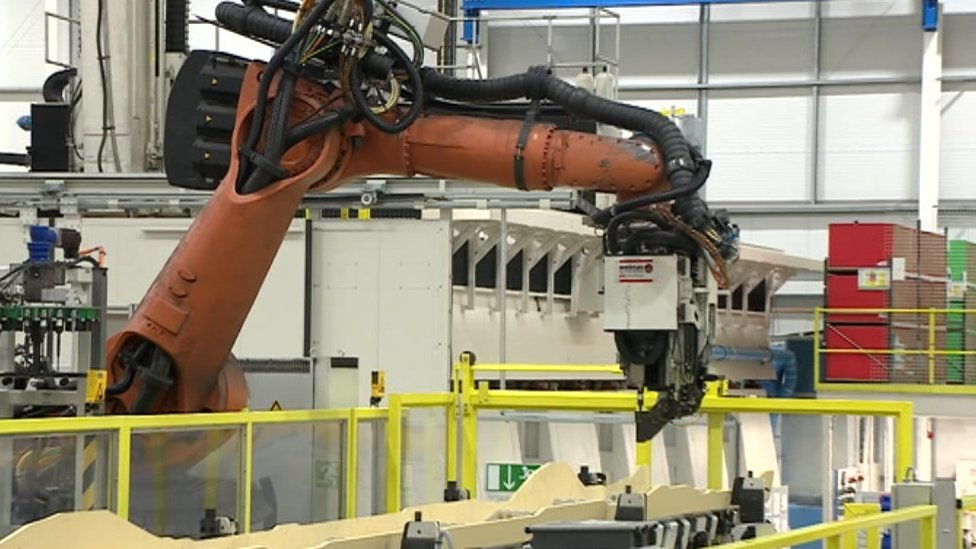 Bristol aerospace research centre to create 300 jobs