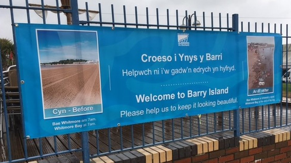 The litter banners in Barry