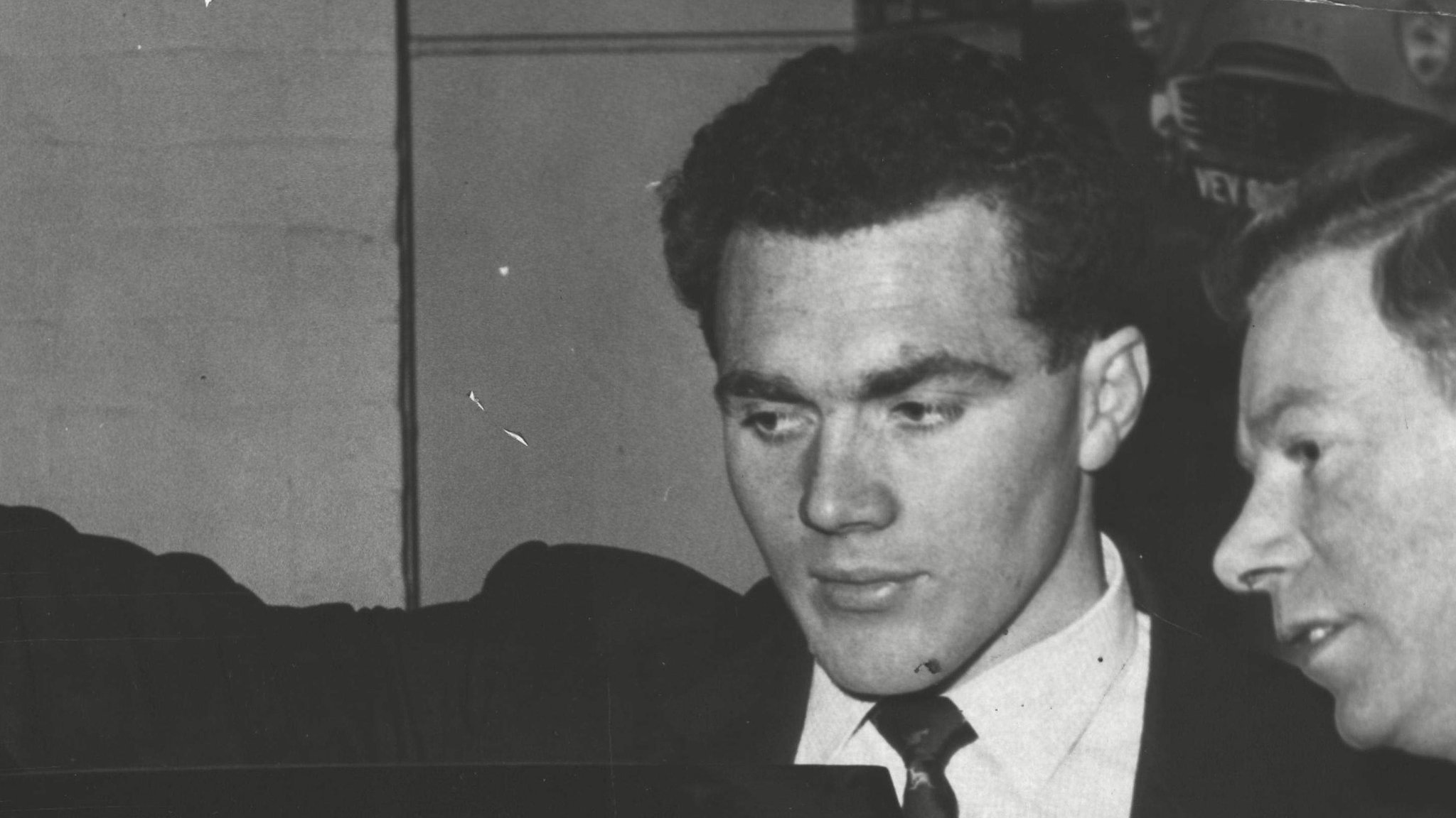 Former Wales flanker Haydn Morgan dies aged 81