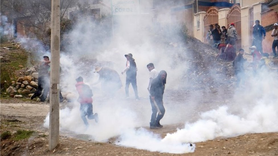 Bolivia Crisis Clashes Follow President Morales Resignation Bbc News