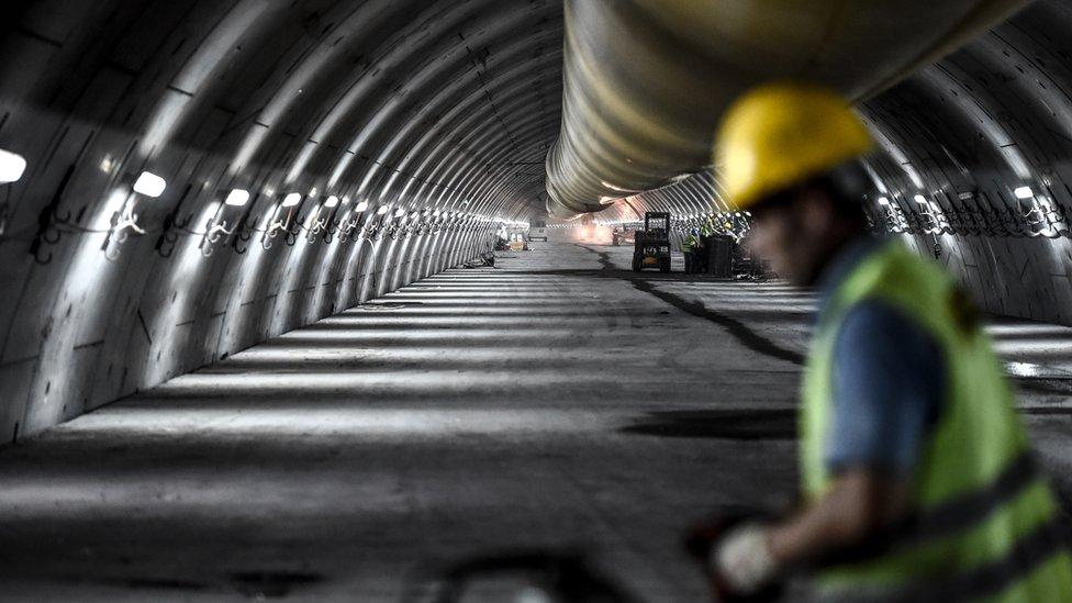 Obras del túnel Eurasia