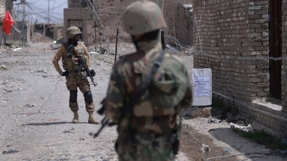 Pakistani soldiers. File photo