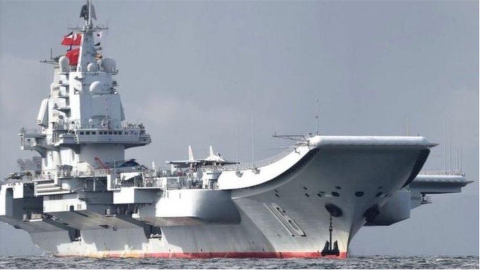 「遼寧號」航母4月4日通過沖繩與宮古島的海域,南下航入西太平洋。