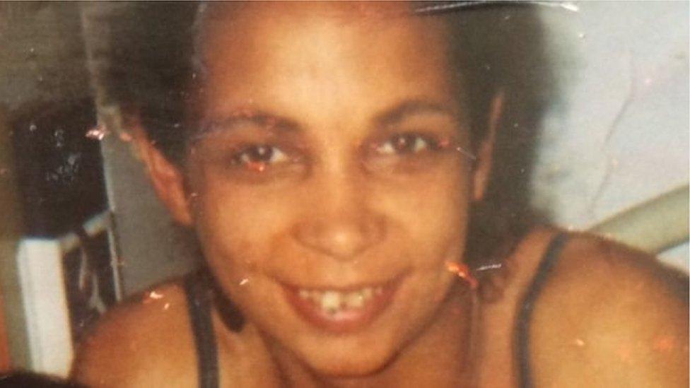 Nadia Jones