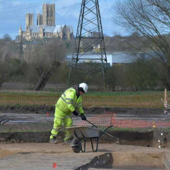 The dig with Lincoln Cathedral in the distance