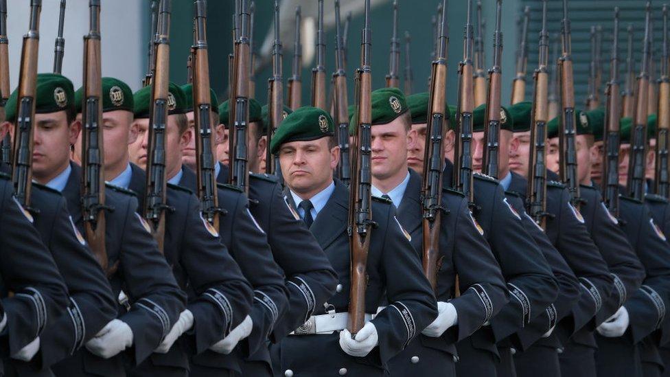 Soldados alemanes en Berlin, 2019.