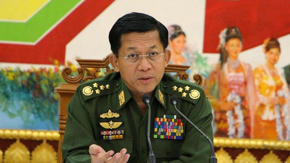 Myanmar's army chief Senior General Min Aung Hlaing addresses reporters during a news conference at the Defence Ministry in Naypyitaw September 21, 2015