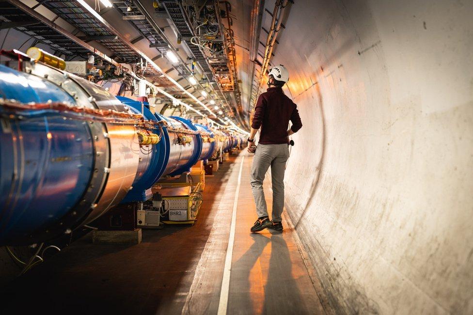 LHC tunel