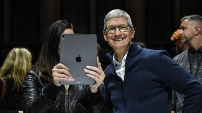 Apple'ın CEO'su Tim Cook
