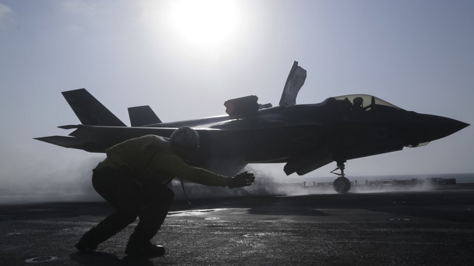 F-35 fighter takes off from US carrier, 27 September 20178