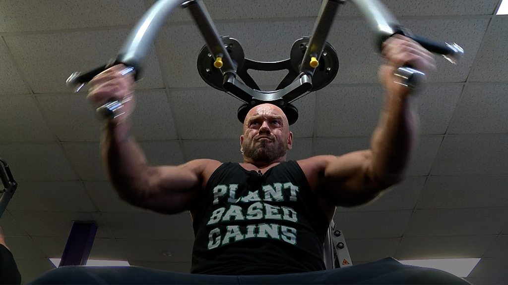 Norwich fitness vlogger Paul Kerton 'ripped' and vegan