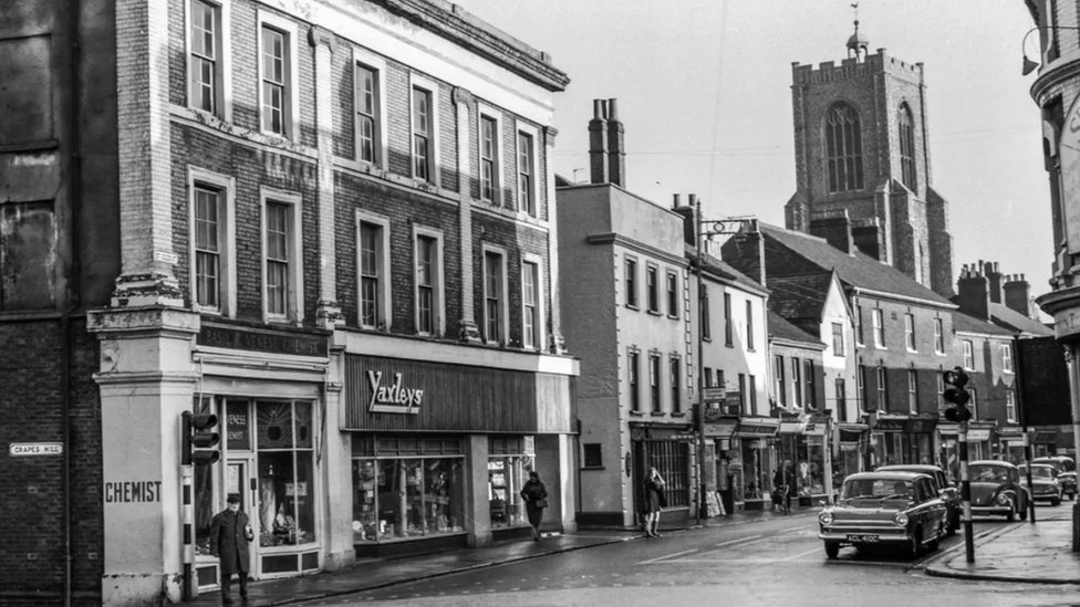 St Giles Street in Norwich before the redevelopment of Grapes Hill