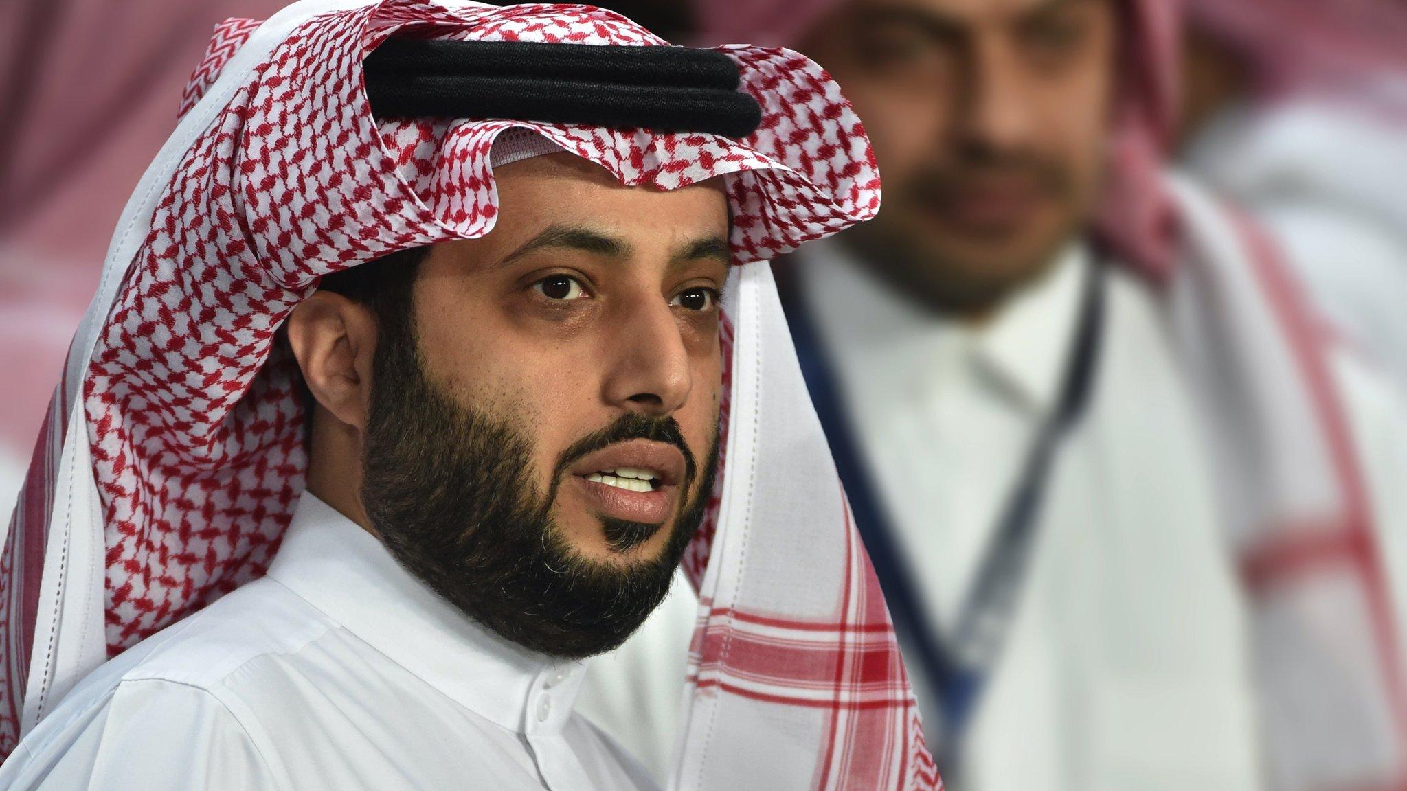 تركي آل الشيخ يرد على الأهلي المصري بعد إلغاء رئاسته الشرفية للنادي