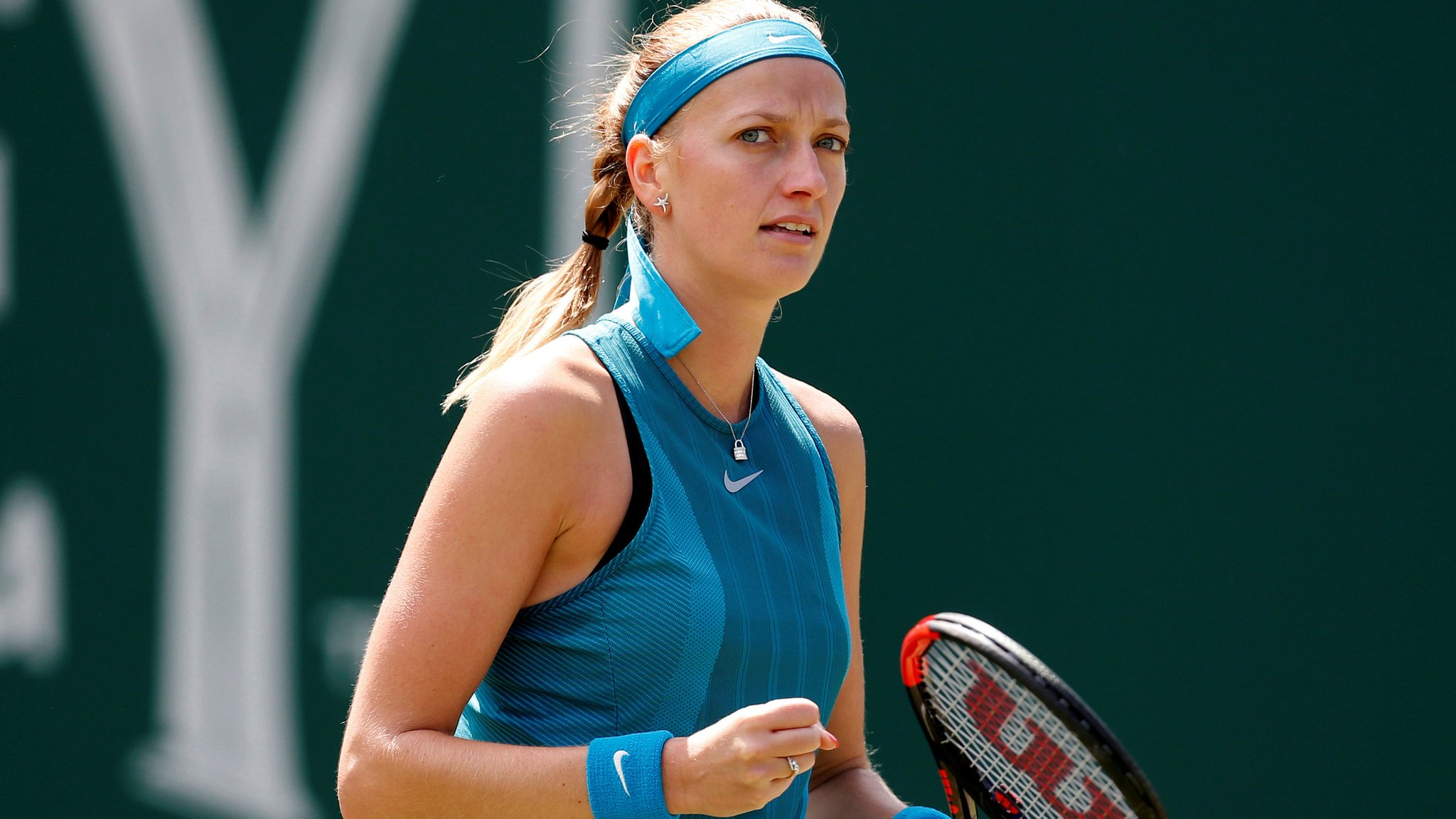 Nature Valley Classic: Petra Kvitova beats Julia Goerges to reach semi-finals