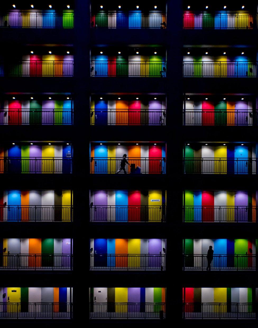 印度尼西亞雅加達五顏六色的屋門