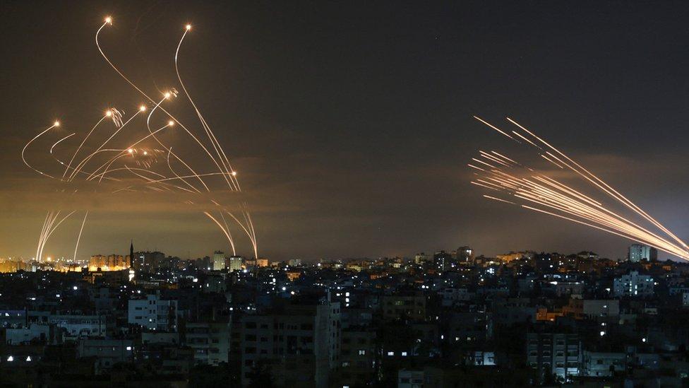 Конфликт на Ближнем Востоке: удары по Газе и Израилю, столкновения на Западном берегу