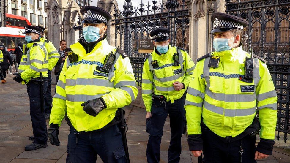 Covid-19: Priti Patel defends police lockdown fines thumbnail
