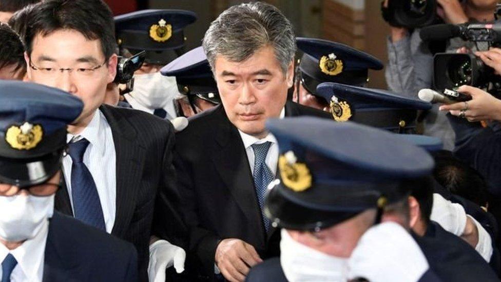 В Японії звільнився урядовець після звинувачень у домаганнях