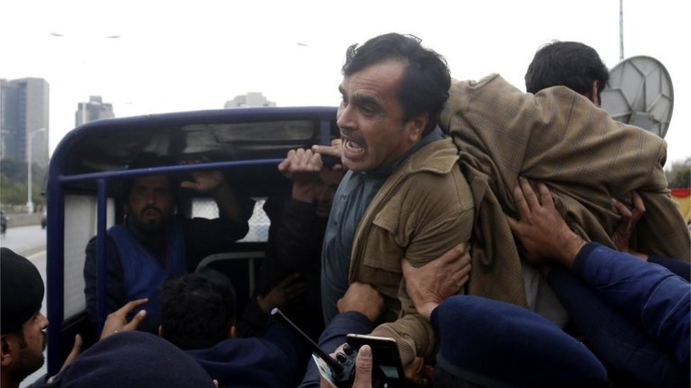 Security officials arrest supporters of Pashtun Tahaffuz Movement (PTM) during a protest in Islamabad, Pakistan, 05 February 2019.