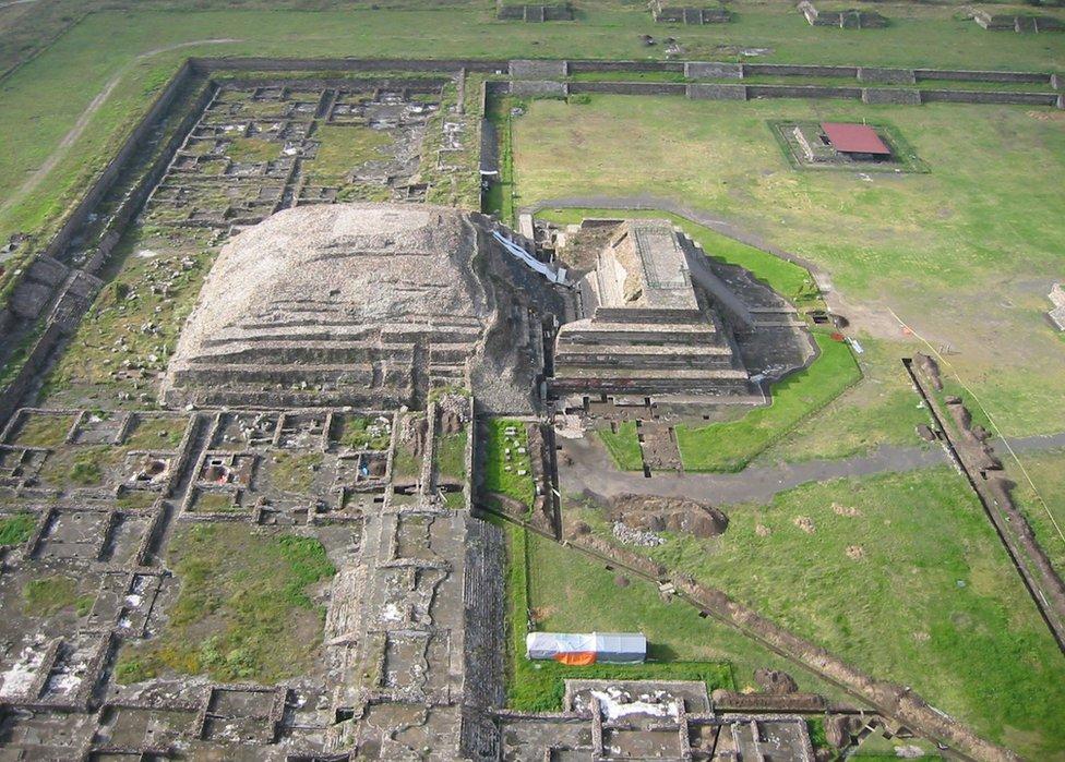 Vista aérea del templo de Quetzalcóatl.