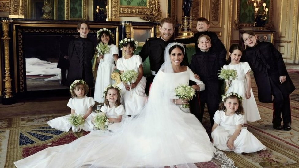 Royal wedding children 'bribed with sweets'