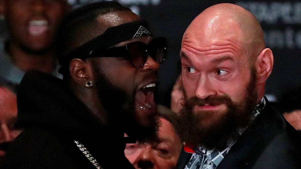 Deontay Wilder y Tyson Fury, ambos invictos, pelearán este sábado por el título mundial.