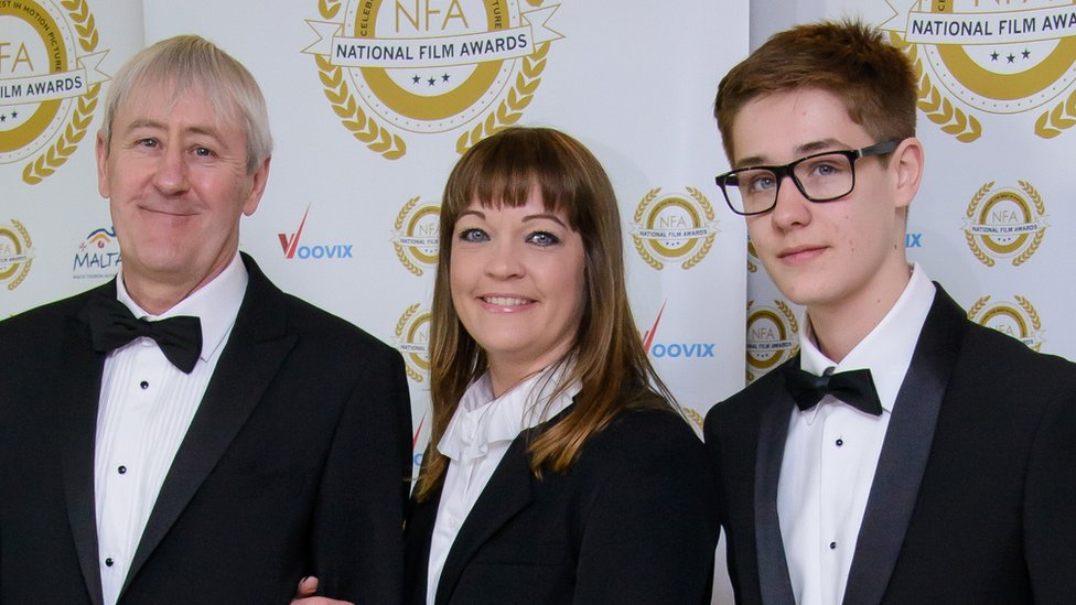 Archie Lyndhurst Cbbc Star And Son Of Nicholas Lyndhurst Dies Aged 19 Bbc News