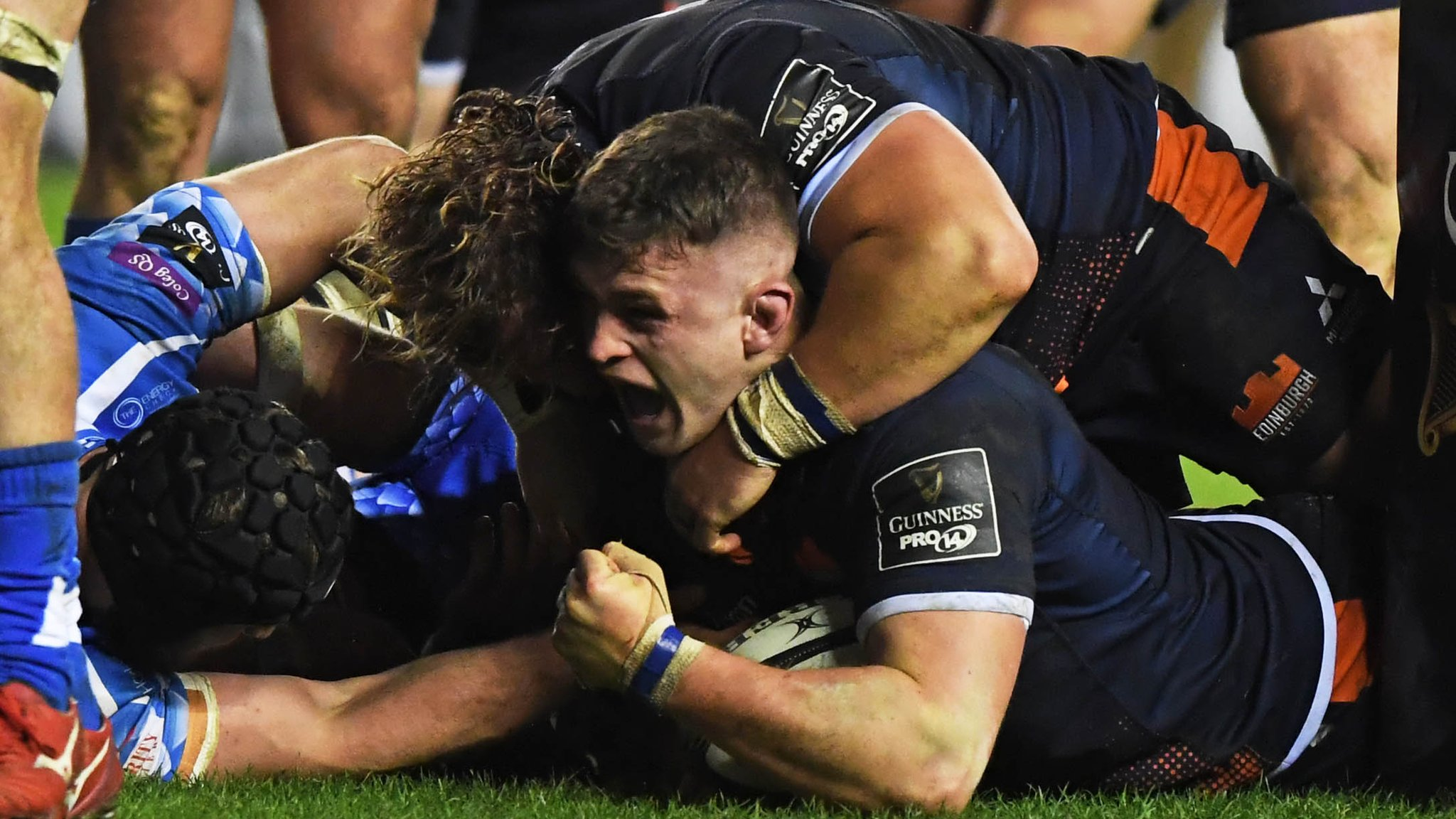 Pro14: Edinburgh 34-17 Dragons - Hosts secure crucial bonus-point win