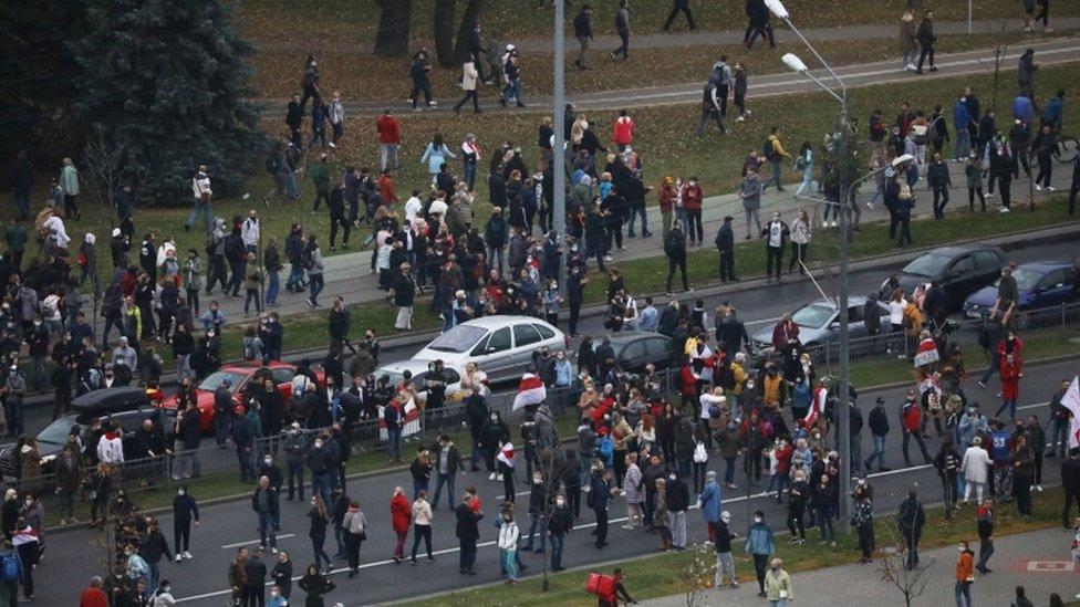 Люди пришли на митинг оппозиции за опровержение результатов президентских выборов в Минске