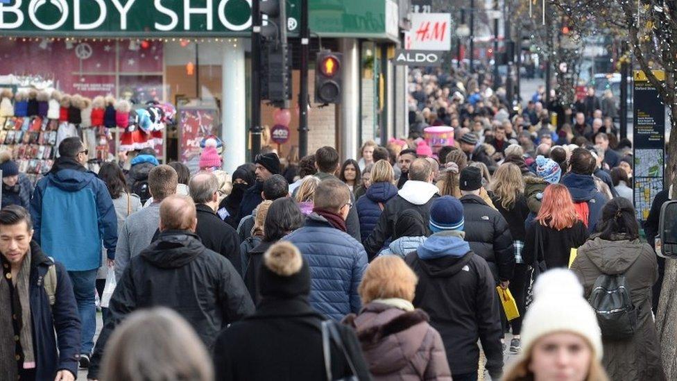 UK economic growth remains sluggish