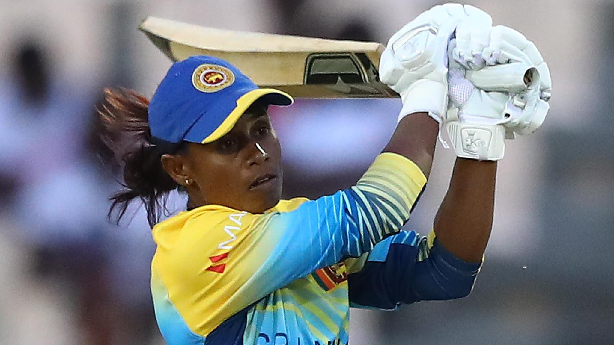 ICC Women's World Twenty20: Sri Lanka beat Bangladesh to retain semi-final hope