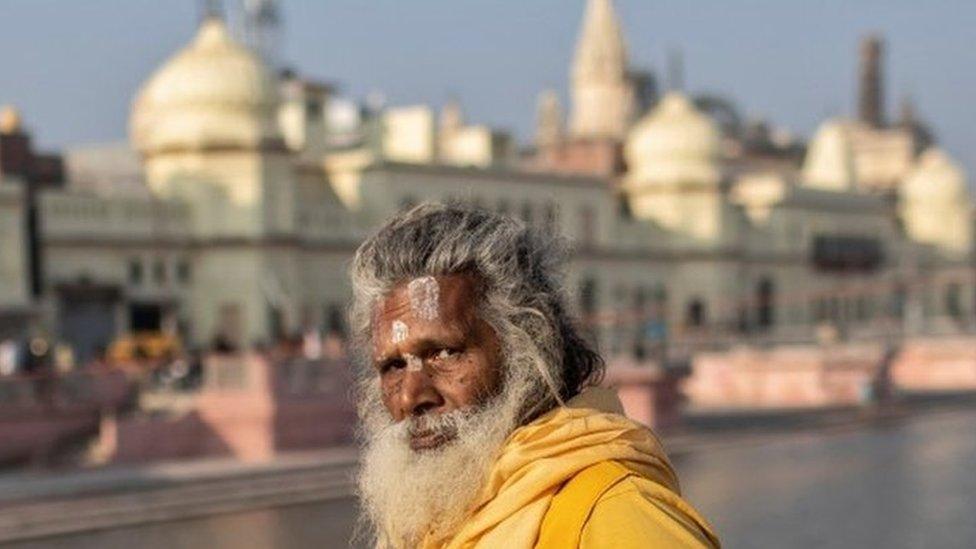 अयोध्या में पूरी ज़मीन हिंदू पक्ष को देने पर लिब्रहान आयोग के वकील ने उठाए सवाल