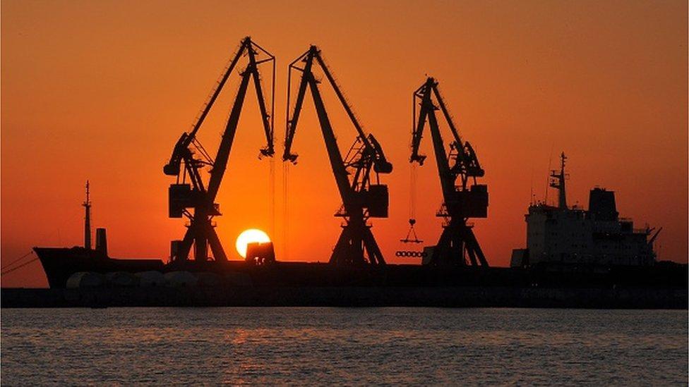 Скільки коштуватиме Україні блокада Азова?